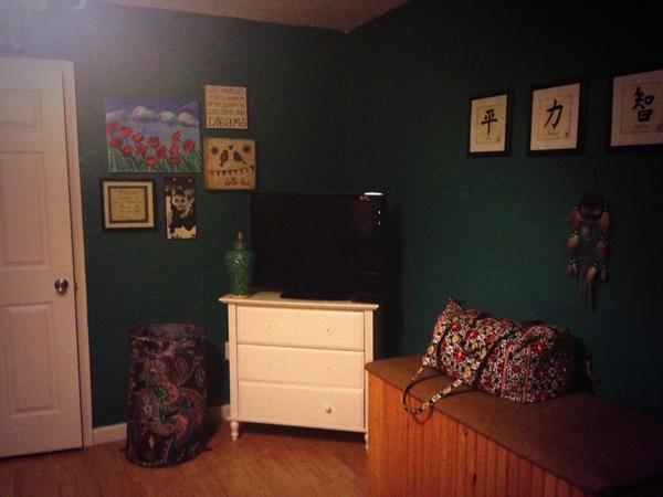 diese 26 bilder werden dich davon berzeugen in zukunft auf die wand zu malen. Black Bedroom Furniture Sets. Home Design Ideas