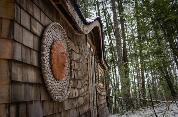 Öko Haus Wald Beleuchtung