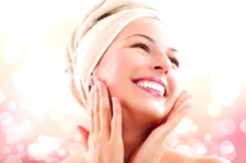Die Maske für das Haar mit dimeksid das Vitamin und und je